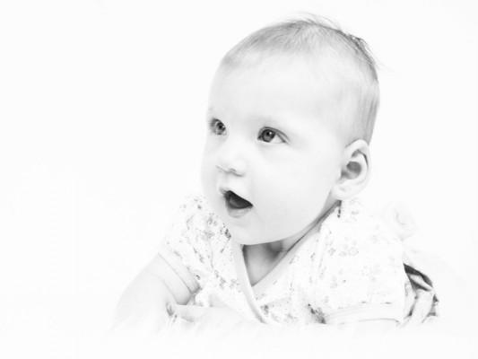 Baby Avery tijdens een fotoshoot babyfotografie ©Susanne Sterkenburg